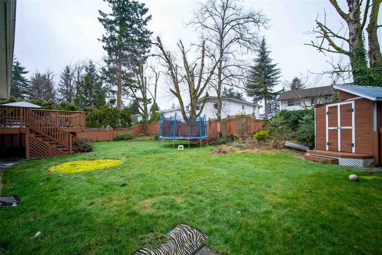 Photo 8: Photos: 2317 CASCADE Street in Abbotsford: Abbotsford West House for sale : MLS®# R2549498