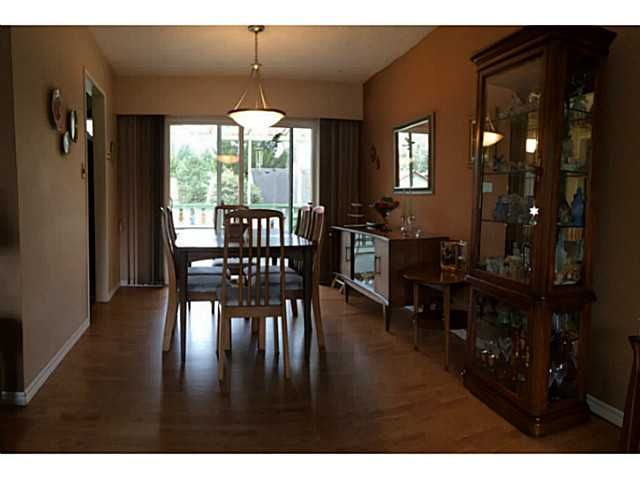 Photo 6: Photos: 20273 49TH Avenue in Langley: Langley City House for sale : MLS®# F1433860