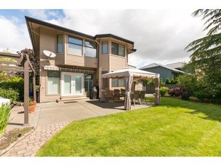 """Photo 19: 14936 21 Avenue in Surrey: Sunnyside Park Surrey House for sale in """"MERIDIAN BY THE SEA"""" (South Surrey White Rock)  : MLS®# R2272727"""