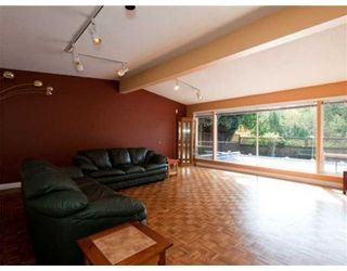 Photo 2: 5769 CRANLEY DR in West Vancouver: House for sale : MLS®# V821623