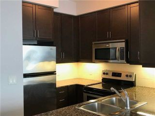 Photo 2: 2201 90 Absolute Avenue in Mississauga: City Centre Condo for lease : MLS®# W4223288