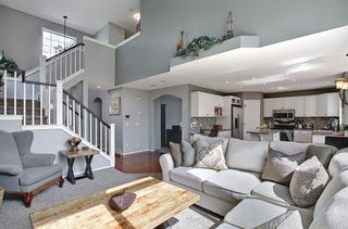 Photo 6: 10823 Valley Springs Road NW in Calgary: Valley Ridge Detached for sale : MLS®# A1107502