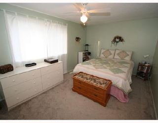 Photo 6: 53 RADCLIFFE Close SE in CALGARY: Radisson Heights Residential Attached for sale (Calgary)  : MLS®# C3346576