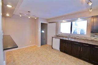 Photo 5: 19 Malden Close in Winnipeg: Maples Residential for sale (4H)  : MLS®# 202101865