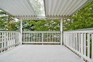 """Photo 16: 15069 98 Avenue in Surrey: Guildford House for sale in """"GUILDFORD / BONNACCORD"""" (North Surrey)  : MLS®# R2190173"""