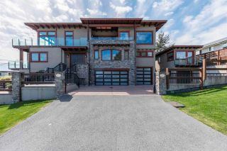 "Photo 2: 1117 PARKER Street: White Rock House for sale in ""White Rock Hillside East"" (South Surrey White Rock)  : MLS®# R2574552"