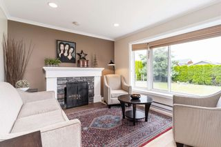 """Photo 3: 1233 REDWOOD Street in North Vancouver: Norgate House for sale in """"NORGATE"""" : MLS®# R2595719"""