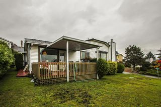 Photo 19: 7819 167A Street in Surrey: Fleetwood Tynehead House for sale : MLS®# R2414478