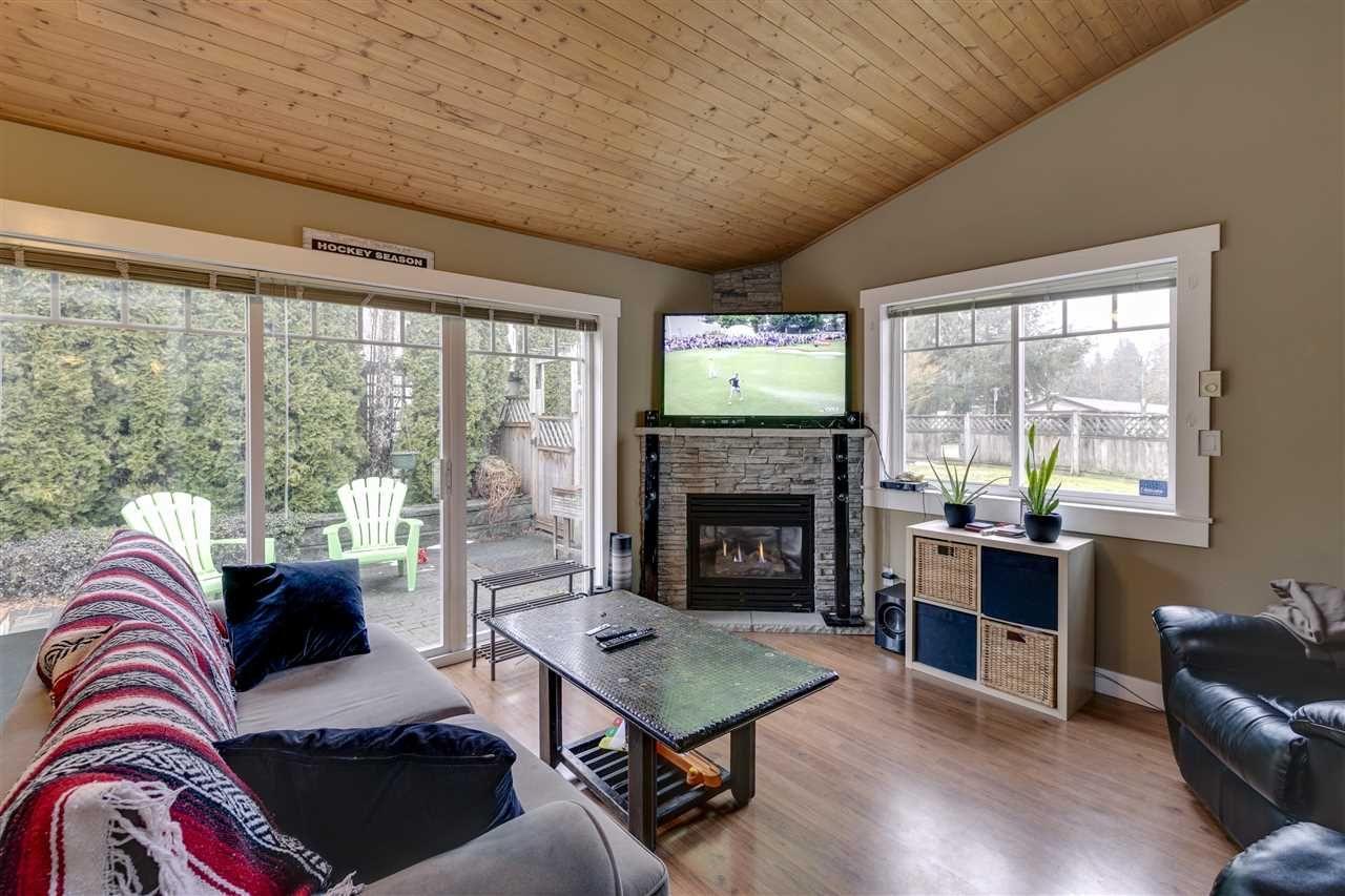 "Main Photo: 34 1821 WILLOW Crescent in Squamish: Garibaldi Estates Townhouse for sale in ""Willow Village"" : MLS®# R2342128"