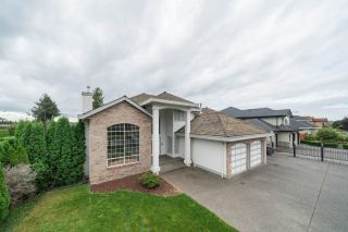 """Photo 29: 14388 82 Avenue in Surrey: Bear Creek Green Timbers House for sale in """"BROOKSIDE"""" : MLS®# R2498508"""