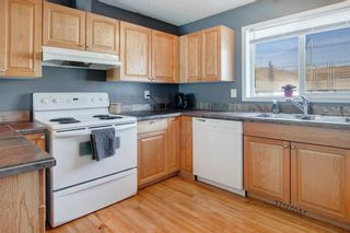 Photo 10: 4 304 Ross Avenue: Cochrane Row/Townhouse for sale : MLS®# A1090345