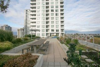 Photo 13: 1205 5665 BOUNDARY ROAD in Vancouver: Collingwood VE Condo for sale (Vancouver East)  : MLS®# R2418787