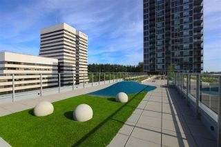 """Photo 16: 2901 5515 BOUNDARY Road in Vancouver: Collingwood VE Condo for sale in """"WALL CENTRE CENTRAL PARK"""" (Vancouver East)  : MLS®# R2293643"""