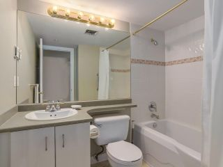 """Photo 18: 307 988 W 54TH Avenue in Vancouver: South Cambie Condo for sale in """"HAWTHORNE VILLA"""" (Vancouver West)  : MLS®# R2284275"""