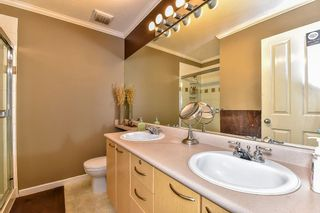 """Photo 15: 57 12778 66 Avenue in Surrey: West Newton Townhouse for sale in """"West Newton"""" : MLS®# R2061926"""