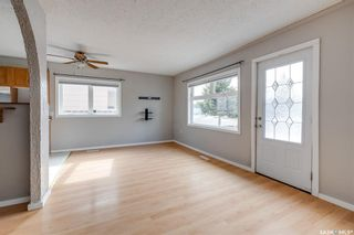 Photo 3: 213 5th Avenue North in Martensville: Residential for sale : MLS®# SK851844