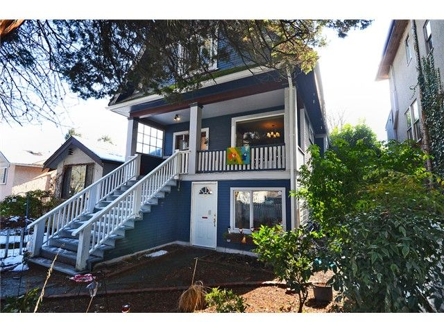 """Main Photo: 918 E 10TH Avenue in Vancouver: Mount Pleasant VE House for sale in """"MOUNT PLEASANT"""" (Vancouver East)  : MLS®# V1050039"""