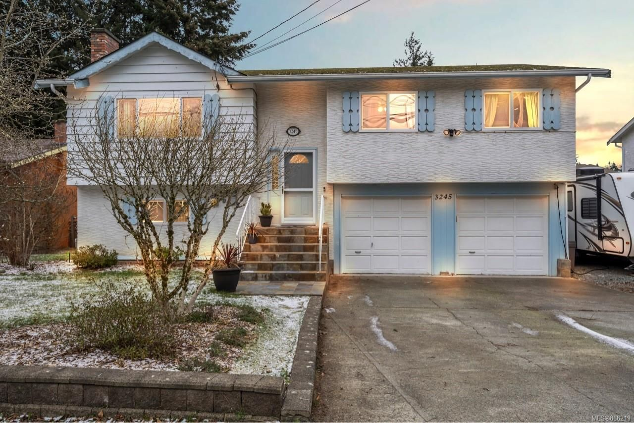 Main Photo: 3245 Wishart Rd in : Co Wishart South House for sale (Colwood)  : MLS®# 866219