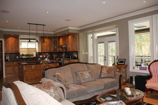 Photo 5: 21235 KETTLE VALLEY Place in Hope: Hope Kawkawa Lake House for sale : MLS®# R2352159