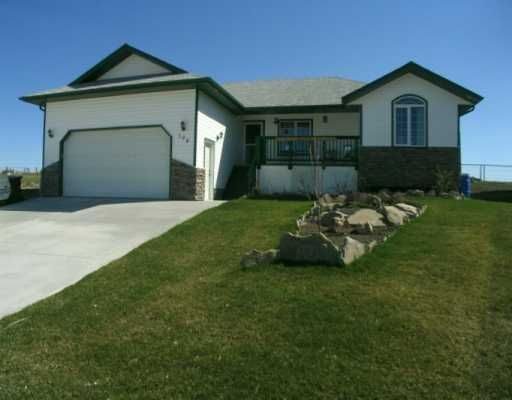 Main Photo: : Cremona Residential Detached Single Family for sale : MLS®# C3161550