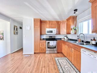 Photo 9: 718 Prairie Avenue in Outlook: Residential for sale : MLS®# SK870463