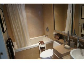 """Photo 5: # 904 833 SEYMOUR ST in Vancouver: Downtown VW Condo for sale in """"CAPITOL RESIDENCES"""" (Vancouver West)  : MLS®# V1022417"""