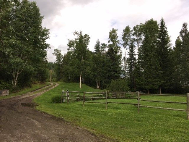 Photo 21: Photos: 1755 W FRASER Road in Quesnel: Quesnel Rural - South House for sale (Quesnel (Zone 28))  : MLS®# R2476619