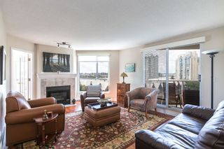 """Photo 5: 902 1185 QUAYSIDE Drive in New Westminster: Quay Condo for sale in """"RIVIERA MANSIONS"""" : MLS®# R2085101"""