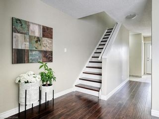 Photo 2: 12 757 S WHARNCLIFFE Road in London: South O Residential for sale (South)  : MLS®# 40131378