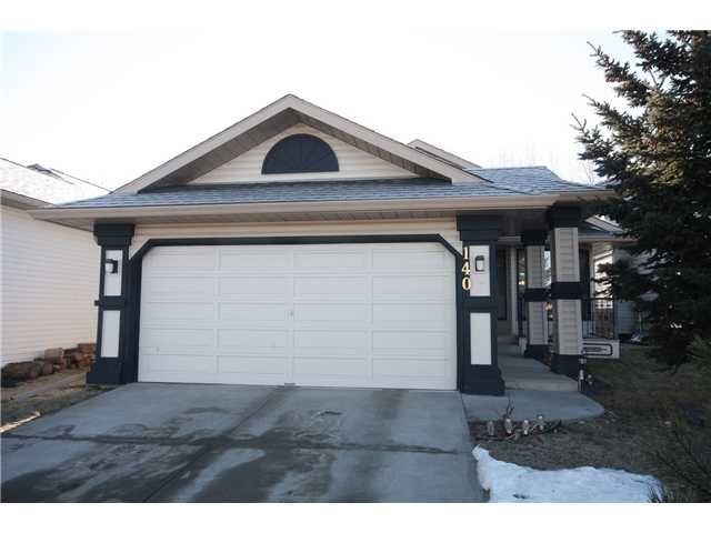Main Photo: 140 VALLEY MEADOW Close NW in CALGARY: Valley Ridge Residential Detached Single Family for sale (Calgary)  : MLS®# C3507402