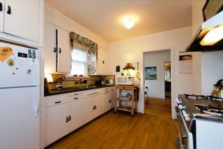 Photo 11: 2725 Trinity Street in Hastings East: Home for sale