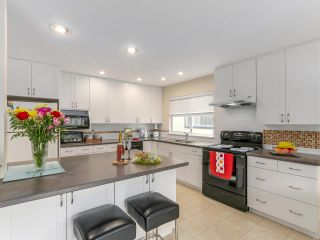 Photo 8: 6277 WOODWARDS Road in Richmond: Woodwards House for sale : MLS®# R2159659