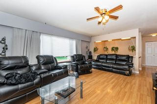 """Photo 15: 45151 ROSEBERRY Road in Chilliwack: Sardis West Vedder Rd House for sale in """"SARDIS"""" (Sardis)  : MLS®# R2594051"""