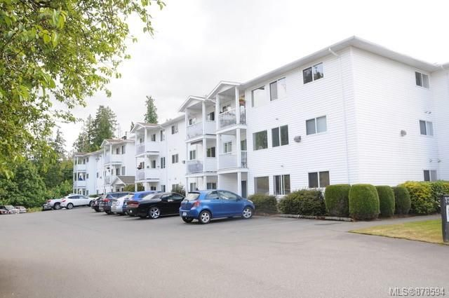 Main Photo: 307 3226 Cowichan Lake Rd in : Du West Duncan Condo for sale (Duncan)  : MLS®# 878594