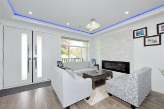 Photo 3: 6950 INVERNESS Street in Vancouver: South Vancouver House for sale (Vancouver East)  : MLS®# R2407308