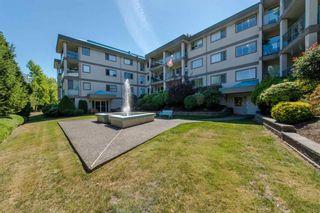 Photo 1: 112 33090 George Ferguson Way in Abbotsford: Central Abbotsford Condo for sale : MLS®# R2123498