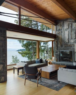 Photo 8: 3751 SUNSET Lane in West Vancouver: West Bay House for sale : MLS®# R2583246
