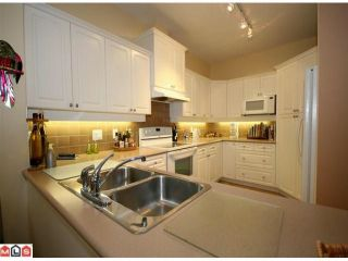 """Photo 4: 71 15500 ROSEMARY HEIGHTS Crescent in Surrey: Morgan Creek Townhouse for sale in """"The Carrington"""" (South Surrey White Rock)  : MLS®# F1125752"""