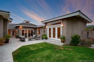 Photo 8: LA JOLLA House for sale : 5 bedrooms : 5459 Moonlight Lane