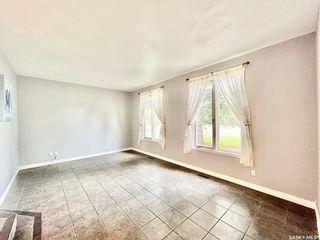 Photo 6: 401 Spruce Drive in Saskatoon: Forest Grove Residential for sale : MLS®# SK862753