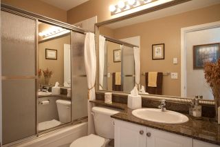 Photo 13: 219 4600 Westwater Drive in Coppersky East: Home for sale