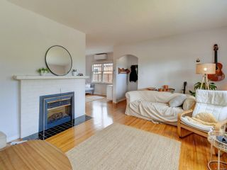 Photo 4: 942 Monterey Ave in : OB South Oak Bay House for sale (Oak Bay)  : MLS®# 882849