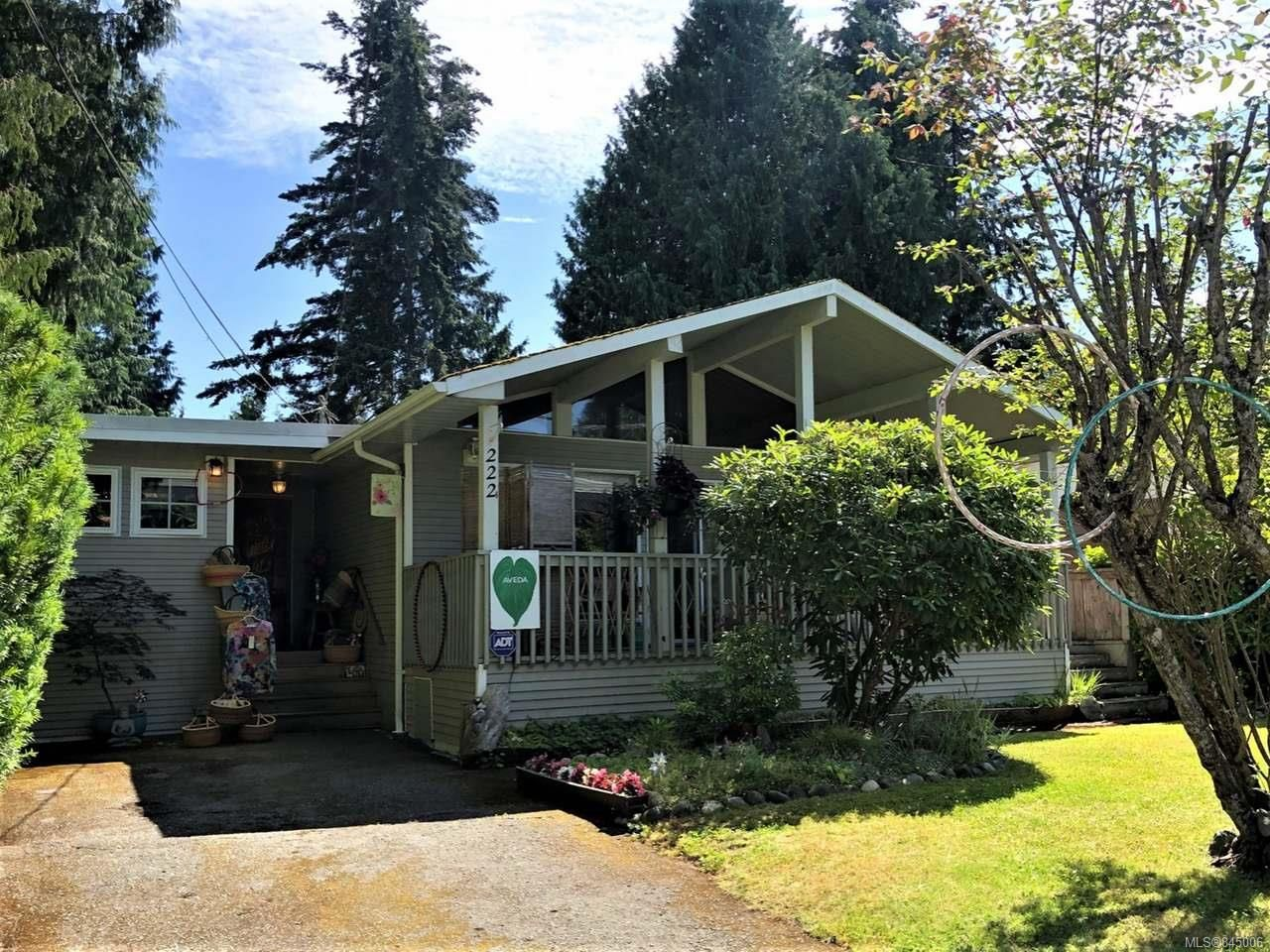 Main Photo: 222 W Fern Rd in QUALICUM BEACH: PQ Qualicum Beach House for sale (Parksville/Qualicum)  : MLS®# 845006