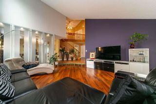 Photo 2: 430 ROONEY Crescent in Edmonton: Zone 14 House for sale : MLS®# E4257850