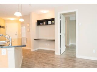 Photo 9: 206 120 COUNTRY VILLAGE Circle NE in Calgary: Country Hills Village Condo for sale : MLS®# C4028039