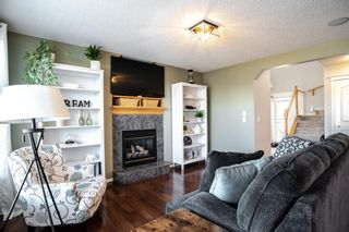 Photo 6: 408 Shannon Square SW in Calgary: Shawnessy Detached for sale : MLS®# A1088672