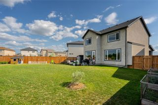 Photo 36: 36 Kelly Place in Winnipeg: House for sale : MLS®# 202116253