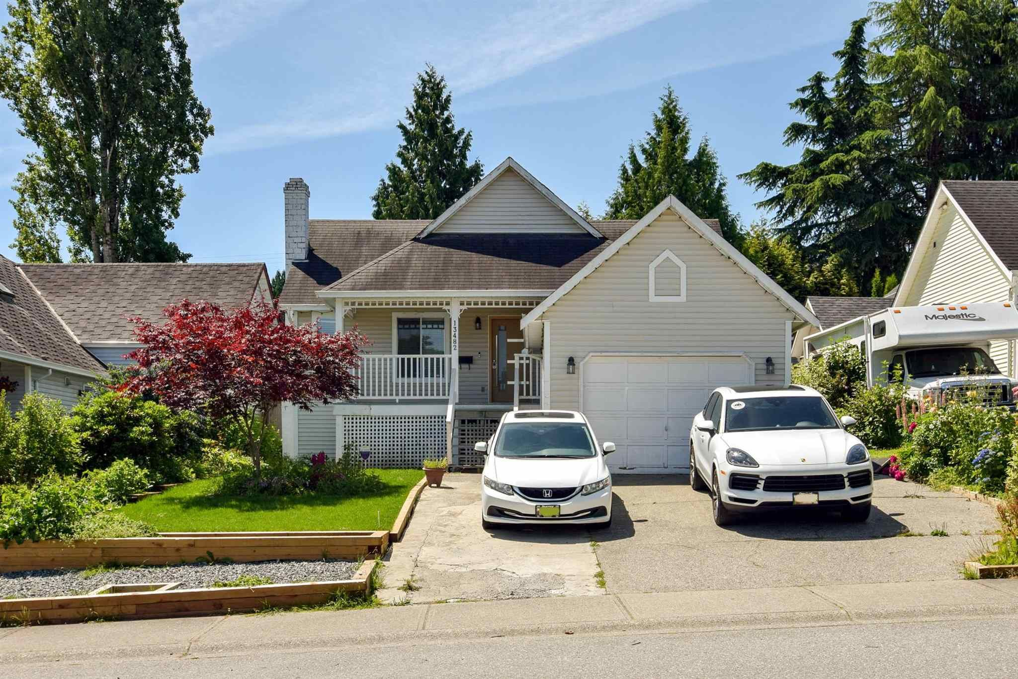 Main Photo: 13482 62A Avenue in Surrey: Panorama Ridge House for sale : MLS®# R2604476
