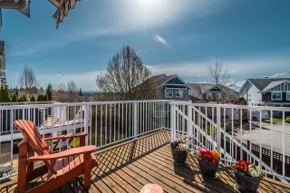 """Photo 39: 20474 67B Avenue in Langley: Willoughby Heights House for sale in """"Tanglewood"""" : MLS®# R2560481"""
