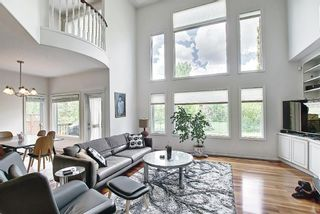 Photo 6: 125 Sienna Park Drive SW in Calgary: Signal Hill Detached for sale : MLS®# A1117082